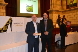 GOLD AWARD FOR UPTON PARISH COUNCIL - NORTHAMPTON IN BLOOM 2016